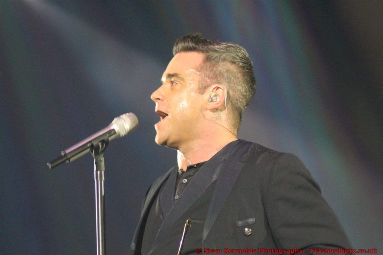 Robbie Williams Take the crown